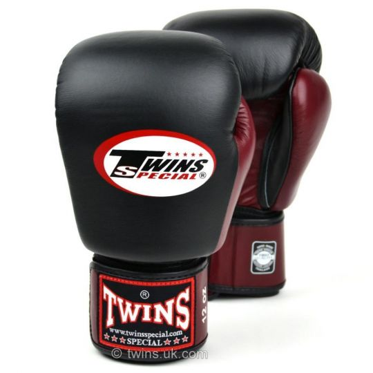 Twins 2 Tone Boxing Gloves - Black/Maroon