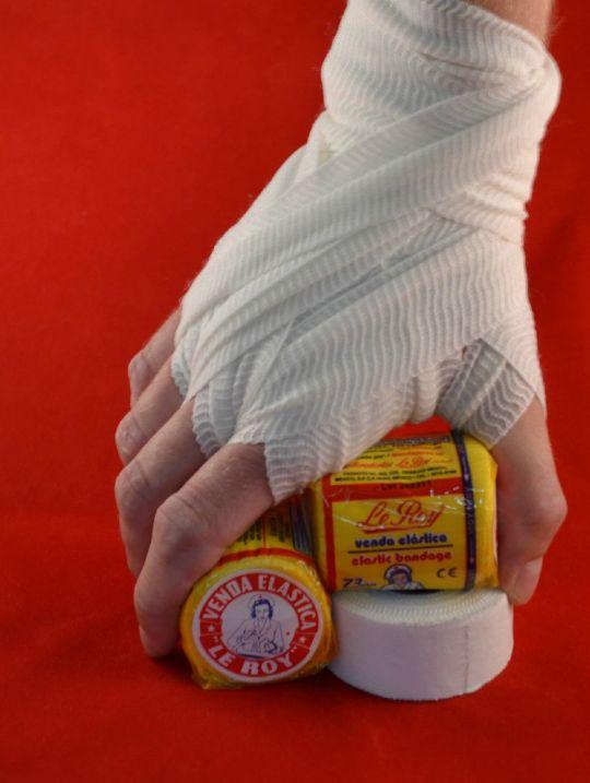 le-roy-handwraps